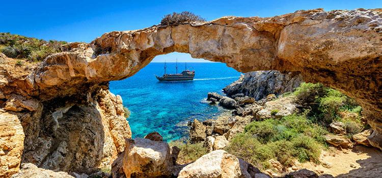 Зарегистрировать кипрскую фирму