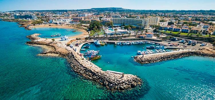 Преимущества получения гражданства Кипра