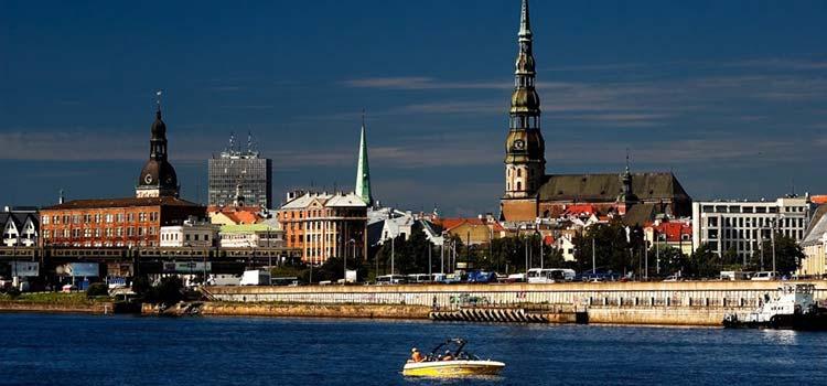 Из Латвии утекает 36 миллионов евро в день, а Meridian Trade Bank оштрафовали на 456 тысяч евро