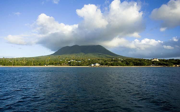 История острова Невис – Индейцы и Ранние Исследования