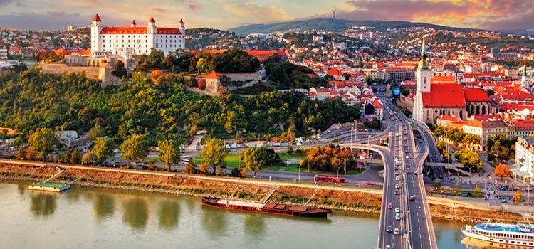 бизнес переезд в Словакию