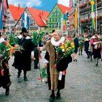 Получение постоянного вида на жительство в Германии для всей семьи
