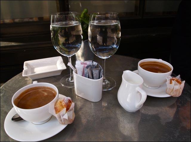 выпить кофе в Ницце