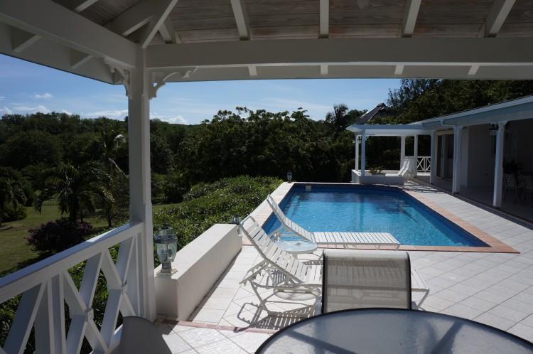 Инвестируем во второе гражданство Антигуа и виллу на Карибах - Emerald Spring Villas