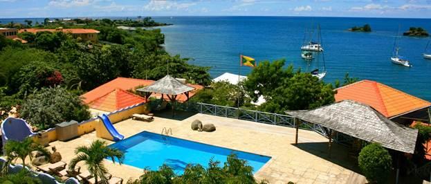 Серф-спот рядом с курортным комплексом True Blue Bay Resort
