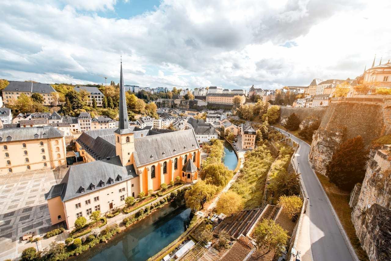 Счет в банке Люксембурга