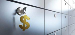 хранить часть активов в банковских ячейках
