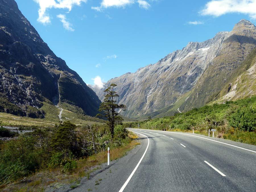 20 самых впечатляющих дорог в мире