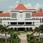 Впервые в сингапурской Модели Парламента роль премьер-министра исполняет женщина