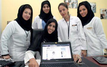 Персонал в медицинских учреждениях Абу-Даби
