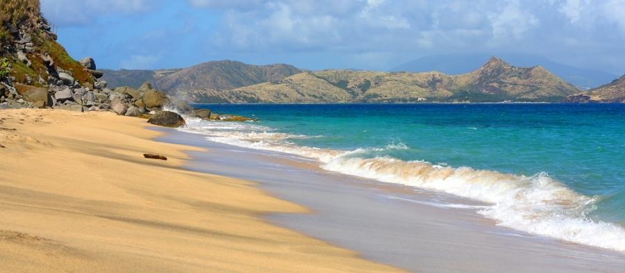 береговая линия Сент-Китс и Невис