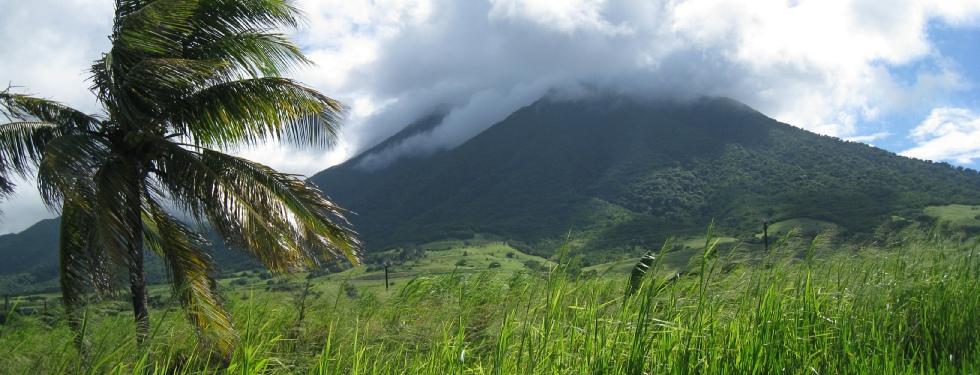 вулкан Лиамуига