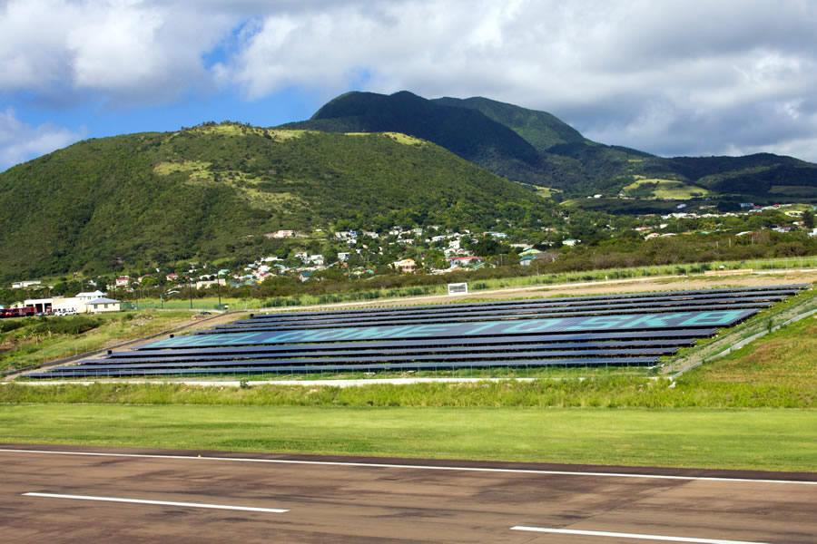 солнечные батареи Невис