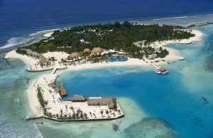 """Министр Бермудских островов обвинил Великобританию в """"двойных стандартах"""""""