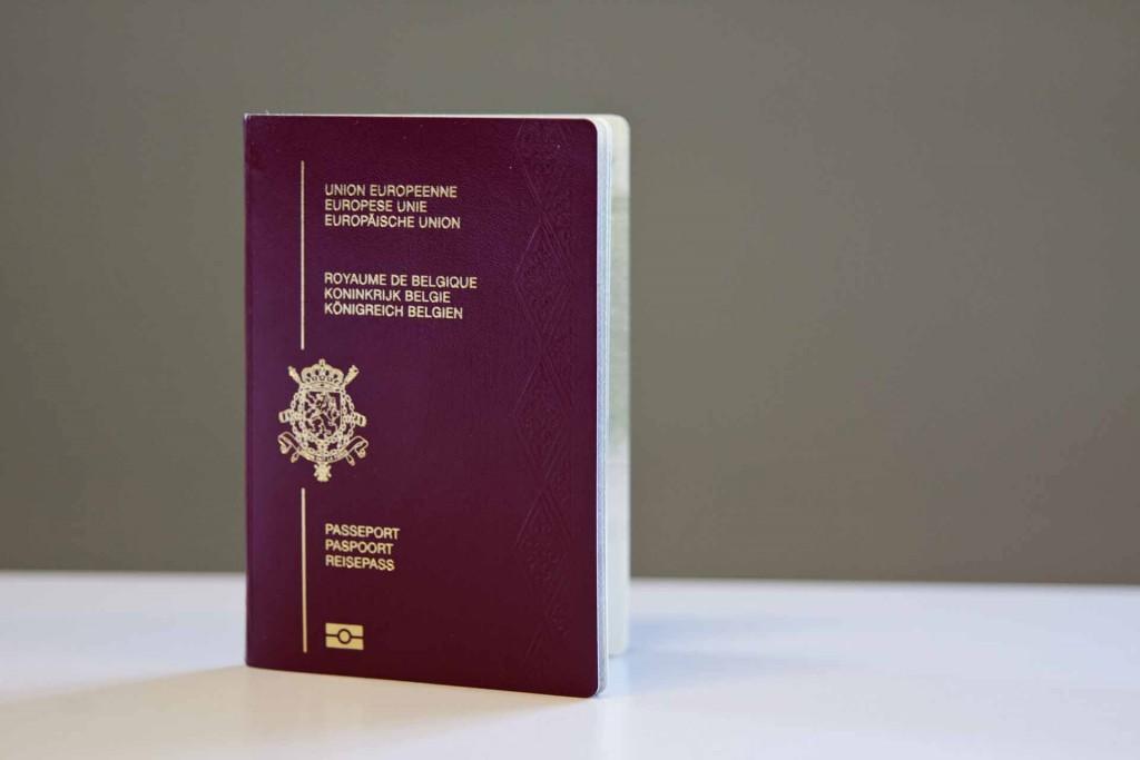 Выбираем второй паспорт Евросоюза