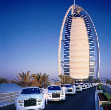 Приехать в Арабских Эмираты для покупки автомобиля лично
