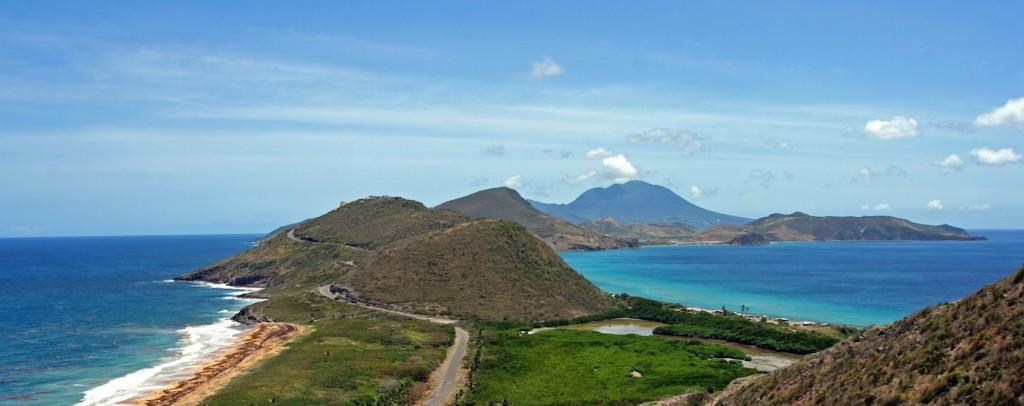 Купить второй паспорт Сент-Китс и Невис за инвестиции в курорт