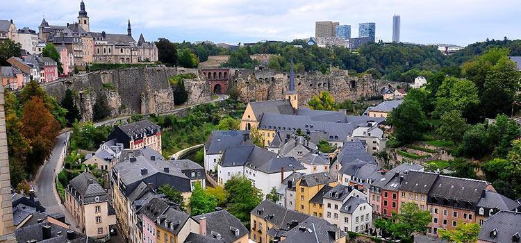 Люксембург и Нидерланды – пособники налоговых уклонистов?