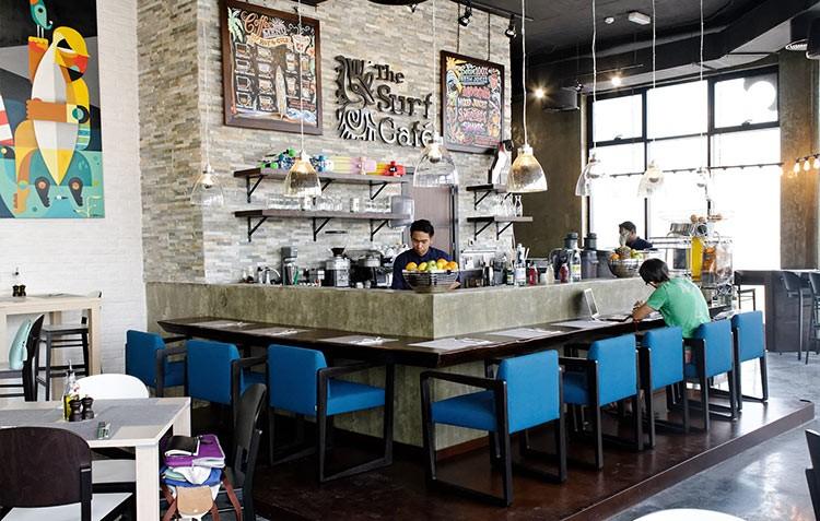 The-Surf-Café