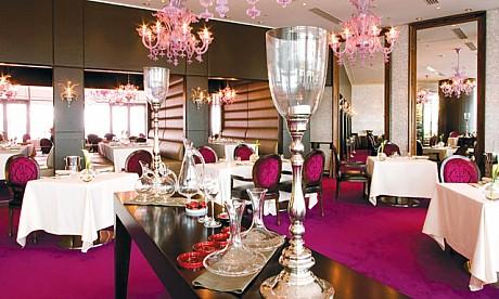 кафе для иммигрантов в Дубае