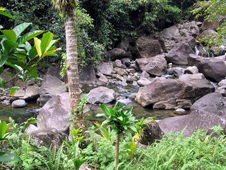 sisserou-falls-river