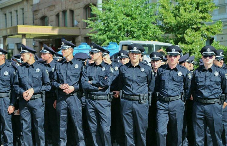Переименование милицию в полицию