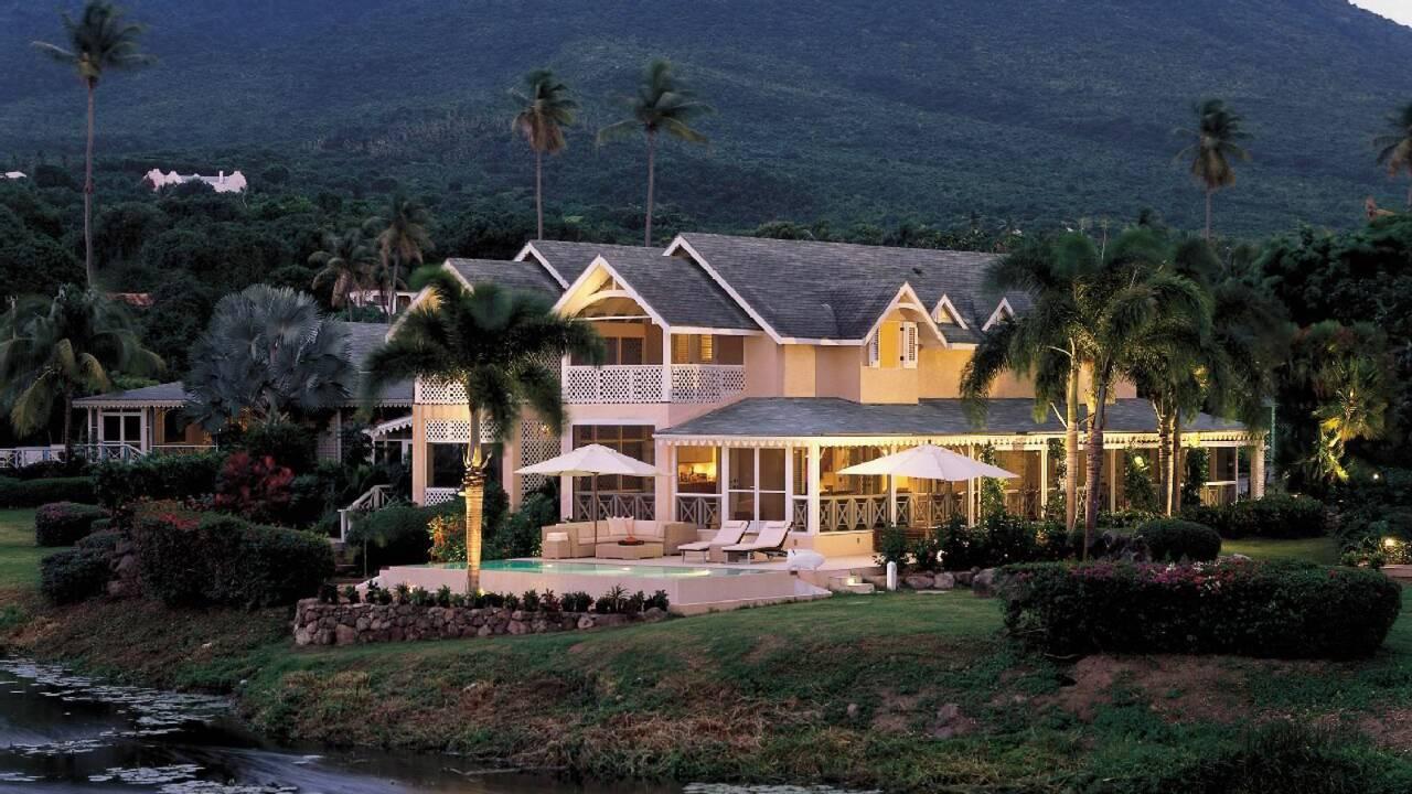 Коттедж на курорте Four Seasons Nevis