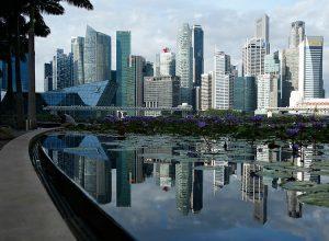 Сингапур наказывает банк