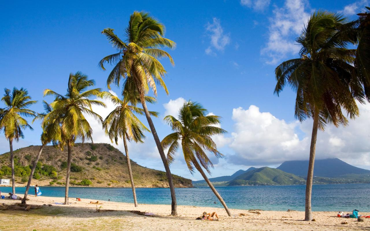 пляжи Сент-Китс и Невис