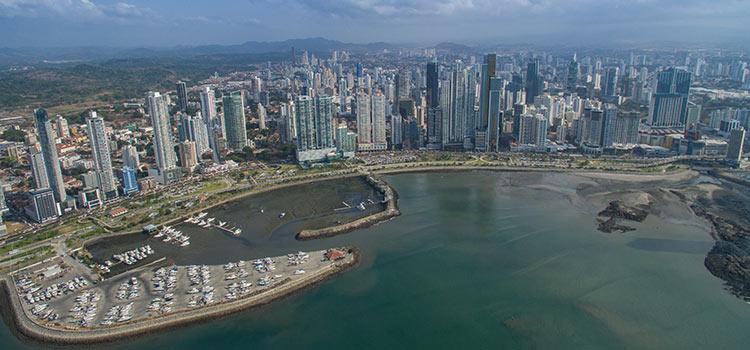 Адвокат в Панаме для иностранца