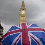 Почему эксперты рекомендуют получить ПМЖ в Великобритании даже иммигрантам из стран ЕС именно сейчас?