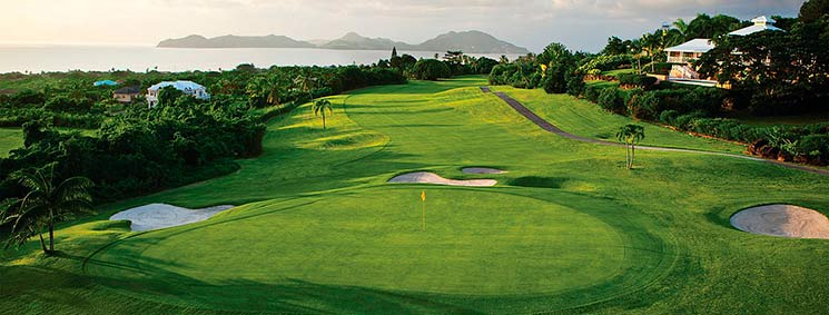 поле для гольфа в Сент-Китсе