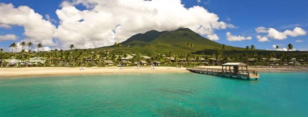 Пристань рядом с курортом Four Seasons Resort Nevis