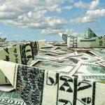 Валюта кончается: отток капитала из России увеличился в 7 раз и банкам позволят отказать в валютных операциях