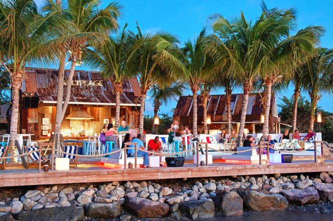 приобретение недвижимости на островах