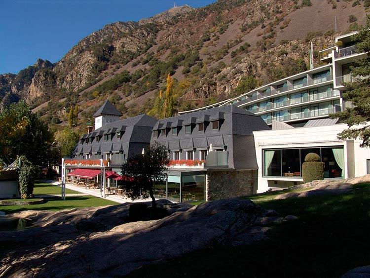 Договор на обслуживание с Andorra FEDA