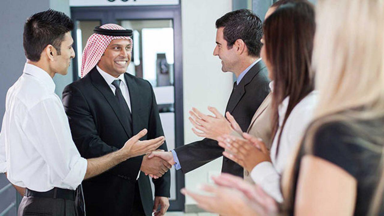 найти работу в арабских эмиратах