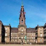 Правительство Дании отказалось снижать налоги для богатых