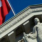 Швейцария отказывается сотрудничать с Россией. Как это повлияет на автоматический обмен информацией?