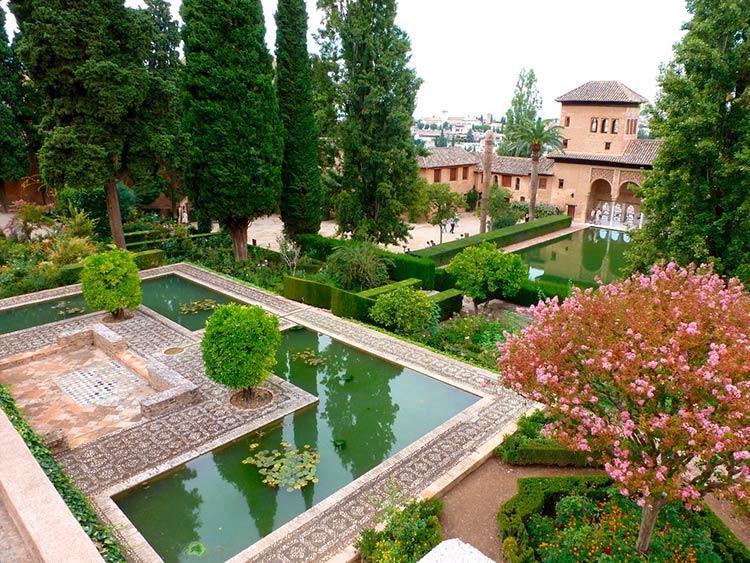 Гранада как крупнейший испанский город