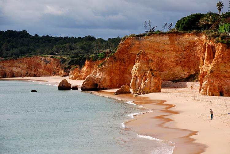 Недвижимость в португалии на побережье недорого форт де маре недвижимость