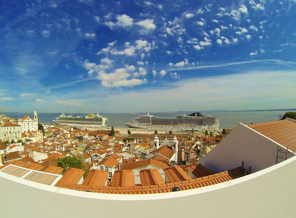 недвижимость в португалии на побережье недорого