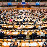 Европейский Парламент решает создать новую комиссию по расследованию «Райских бумаг»
