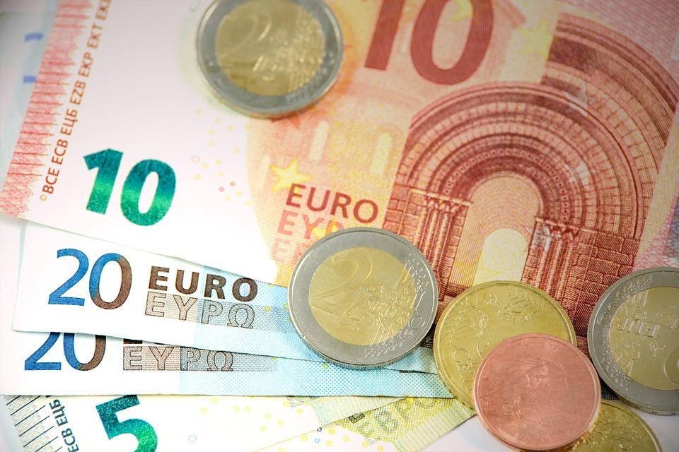 где платят минимальные налоги в Европе