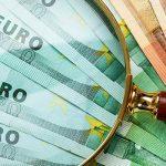 Правительство и ЦБ отказались от смягчения валютного контроля. Что это значит?