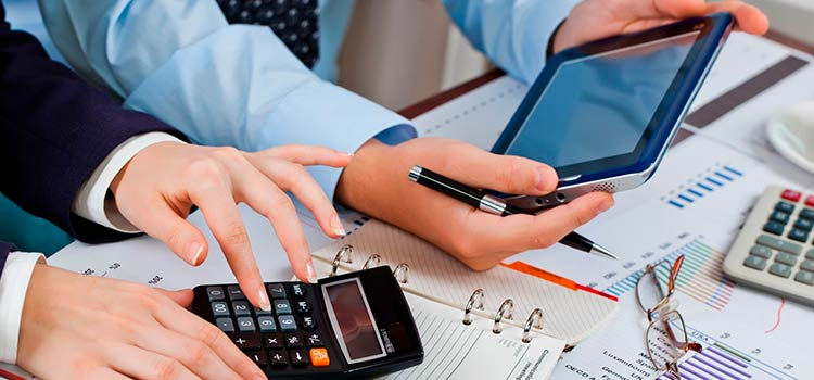 Как избежать штрафов при ведении бухгалтерии в ОАЭ?