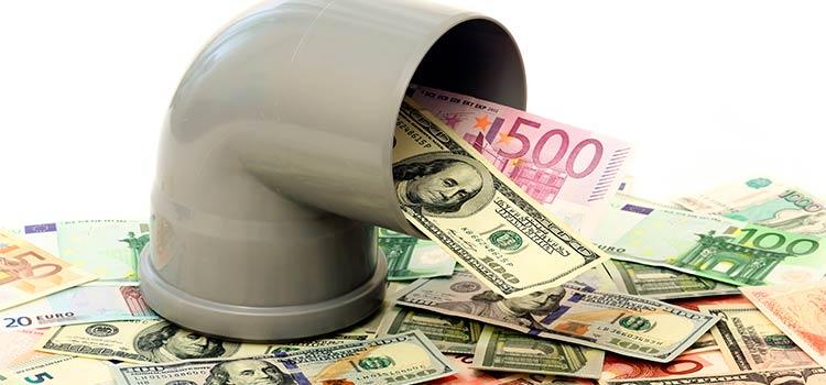 страх российских денег в Латвии