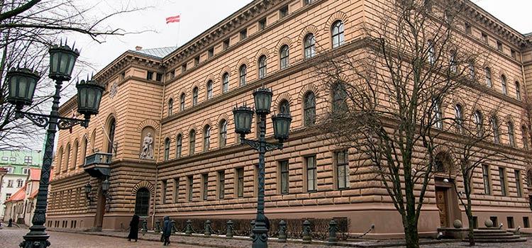 Латвия усиливает борьбу с нерезидентами