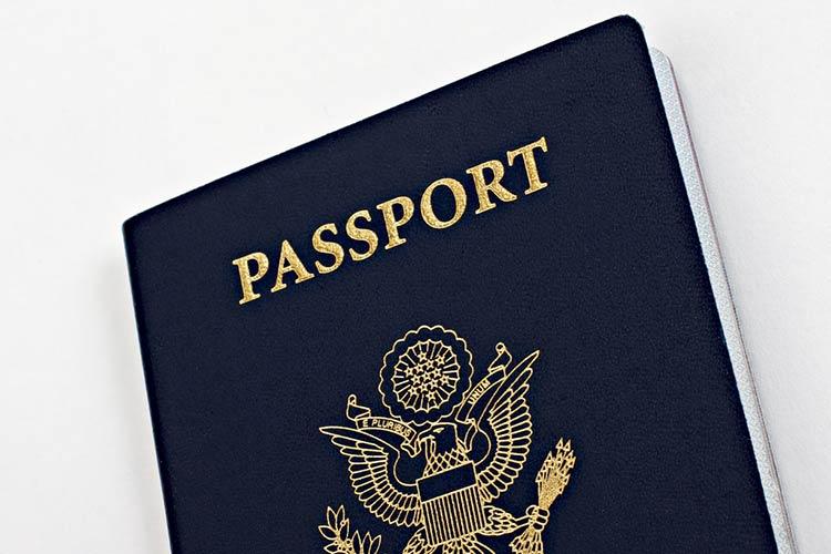 Страны ЕС, Карибского бассейна и других регионов предлагают второй паспорт