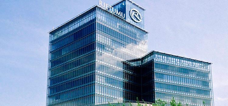 В Rietumu banka завершают сотрудничество с клиентами повышенного риска
